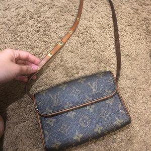 Authentic Louis Vuitton Florentine with strap